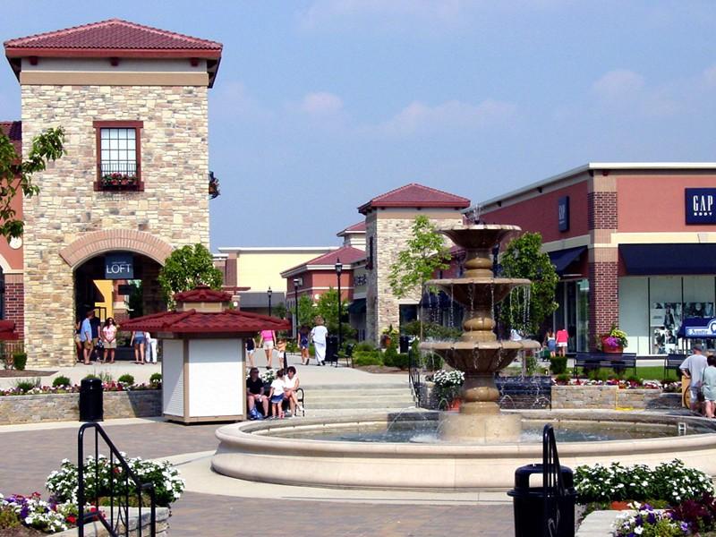 shopping center construction